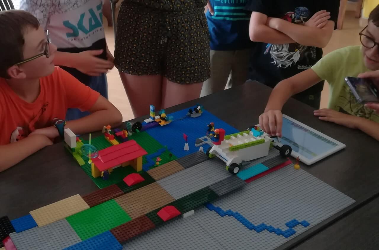 Parcours robotiques pendant les vacances